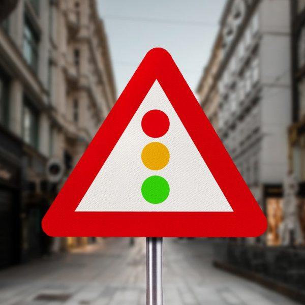Traffic-Lights-in-City